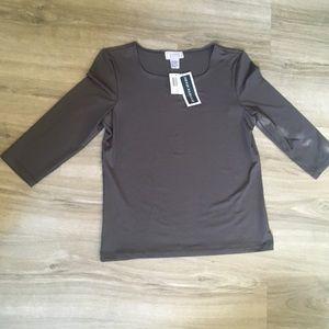 Jennifer Moore gray 3/4 sleeve shirt
